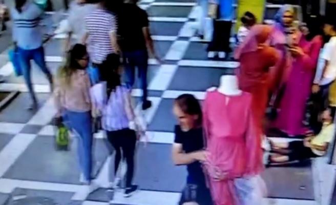 Urfa'da mağaza önünde duran cansız mankeni çaldı!