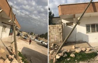 Eyyübiye'de devrilen direk tehlike yaratıyor