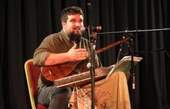 AK Parti Sözcüsü Çelik'ten Urfalı sanatçıya övgü