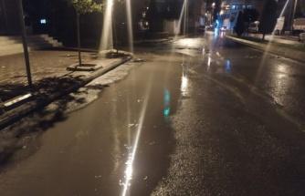 Şanlıurfa'da baharda sağanak yağış