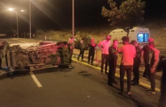 Şanlıurfa'da iki otomobil çarpıştı-EK