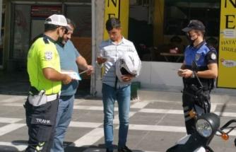 Sürücüler, trafik kuralları hakkında bilgilendirildi