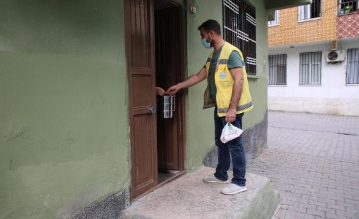 Haliliye'de muhtaç ailelere sıcak yemek desteği